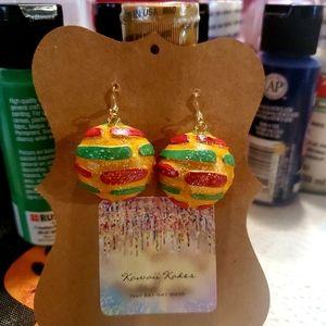 Christmas concha earrings